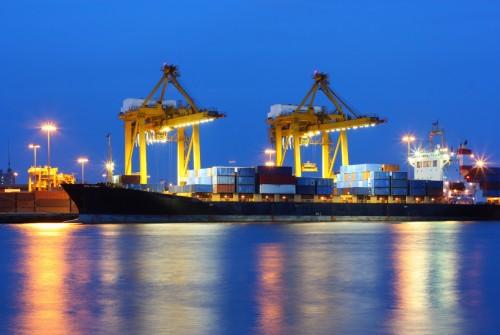 Éclairage extensif à LED dans le port d'Anvers, Belgique